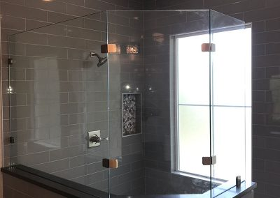 Enclosed Shower with Frameless glass